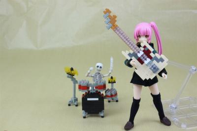 nanoblock エレキギターアイボリー&ドラムセット レッド
