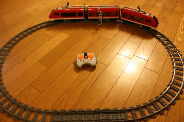 超特急列車24