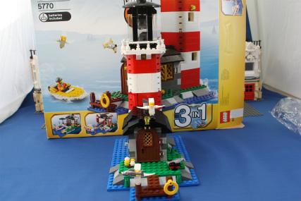 5770 灯台の島9