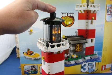 5770 灯台の島13