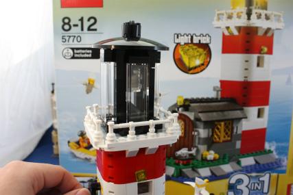 5770 灯台の島14