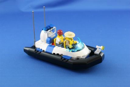 ポリス指令トラックとポリスボート6