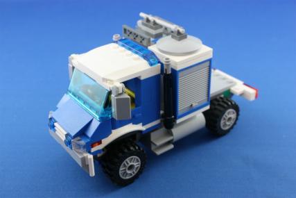 ポリス指令トラックとポリスボート11