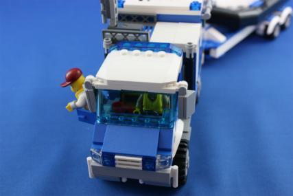 ポリス指令トラックとポリスボート29