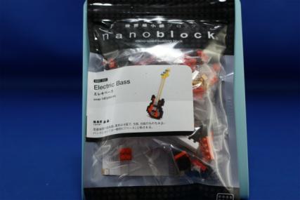 nanoblock エレキベース1