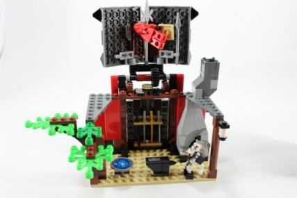 鍛冶職人の小屋20