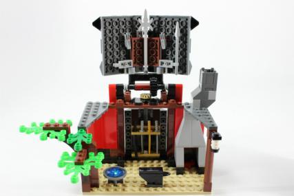 鍛冶職人の小屋21