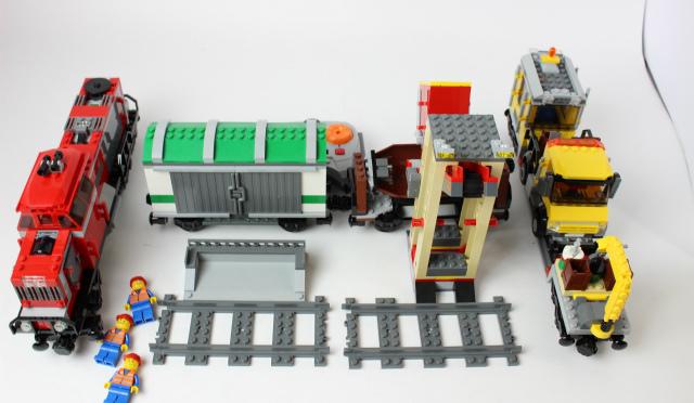 レゴ トレイン レッドカーゴトレイン